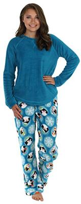 PajamaMania Plush Fleece Set