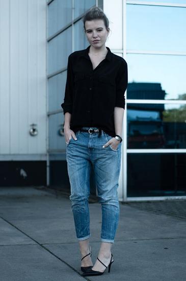 Fashion Blog Red Reiding Hood - Rowan Reiding Wears Diesel Jeans