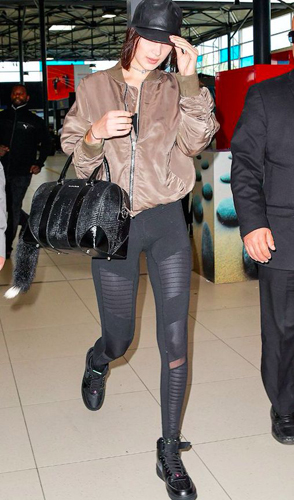 Leggings: Bella Hadid