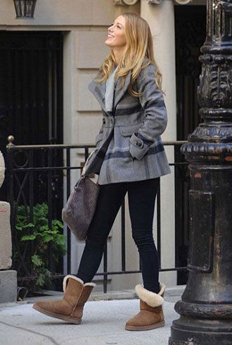 Quality And Materials - Blake Lively With UGG Boots