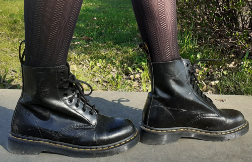 Woman Wearing Pascal 1460 Dr. Martens Boots