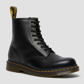 1460 Smooth Leather Lace Up Dr. Martens Boots